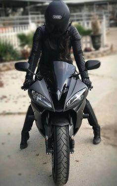 Motorcycle black girls motors new IdeasYou can find Motorcycle girls and more on our website.Motorcycle black girls motors new Ideas Motorcycle License, Motorcycle Style, Women Motorcycle, Motorcycle Helmet, Biker Chick, Biker Girl, Yzf R125, Motorbike Girl, Motorbike Photos