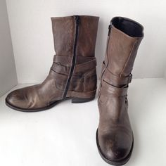 "Vera Wang Lavender Boots Taupe Italian leather 9"" upper, 13"" circumference,1"" heel, inside zip, rubber bottom. Slight heel wear,a few minor scuffs, otherwise great condition. Vera Wang Shoes"