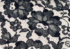 Rose Pattern Black Chantilly Lace