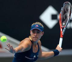 Blog Esportivo do Suíço:  Firme no topo do ranking mundial, Kerber estreia com vitória em Pequim