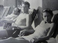 John Wayne & his 1st wife Josephine on holidays