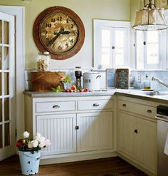 beadboard and country simplicity - love!