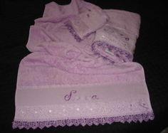 jogo de toalha lilas com 3 peças