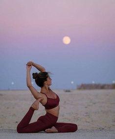yoga inspiration / yoga _ yoga poses _ yoga poses for beginners _ yoga fitness _ yoga quotes _ yoga inspiration _ yoga outfit _ yoga photography Yoga Flow, Yoga Meditation, Kundalini Yoga, Yoga Inspiration, Fitness Inspiration, Style Inspiration, Yoga Routine, Yoga Fitness, Pilates