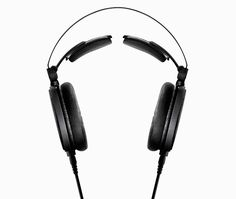 audio-technica ATH-R70x headphones have self-adjusting 3D wing support