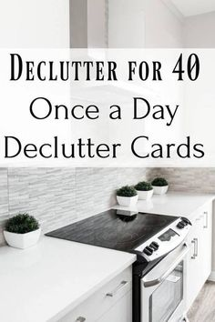 Use this plan to declutter and organize your kitchen. Join us for a 5 day Kitchen cleaning & decluttering challenge, plus grab our menu & grocery plan! Spring Cleaning Checklist, Deep Cleaning Tips, House Cleaning Tips, Cleaning Hacks, Diy Hacks, Weekly Cleaning, Ikea Hacks, Tablet Recipe, Homemade Toilet Cleaner