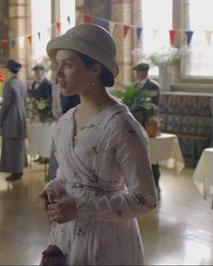 Downton Abbey, Sybil.