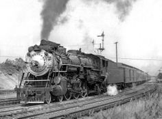 Southern 4-6-2 locomotive #6482