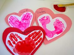 Cool project from www.kiwicrate.com/thestudio: Handprint and Footprint Valentines