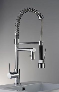 Love this faucet I want it for my kitchen.