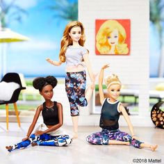 Starting the day off with a stretch and a pose. How are you getting your fitness dose? Princess Barbie Dolls, Barbie Life, Barbie And Ken, Barbie Gorda, Barbies Pics, Made To Move Barbie, Barbie Diorama, Doll Clothes Barbie, Barbie Accessories