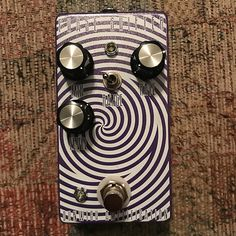 This pedal is awesome, it's just perhaps more phaser than I'll ever need! Can slow down to a rate lower than any phaser I've personally tried. Set it to unity volume, or raise it for a nice boost. Sounds awesome both clean or with tons of gain!