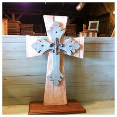 Wedding Unity Cross - Perfect for outdoor weddings to avoid the traditional unity candle blowing out issue. It begins as separate items and during the wedding, two become one.