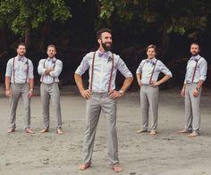 mariage sur la plage pantalon homme couleur grise avec bretelles sur la chemise