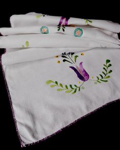 Vintage table runner with embroidered folk flower pattern -- from Germany