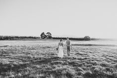 Wedding Photographer based in Wellington, New Zealand. My style is documentary with a blend of vintage and modern romance. I love natural light and capturing moments that tell a story.