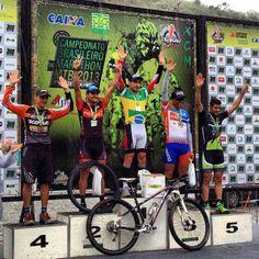 Mountain Bike – Ricardo Pscheidt e Erika Gramiscelli são os campeões brasileiros de Marathon  Prova foi disputada neste domingo (24 de novembro) em Juiz de Fora