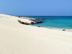 Playa Alzada, también llamada Playa del Burro. Parque Natural de las Dunas de Corralejo - Fuerteventura. Foto de Home Canarias