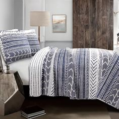 Decor, Guest Bedrooms, Comforter Sets, Hygge, Hygge Bedroom, Duvet Cover Sets, Lush Decor, Bedding Sets, Navy And White