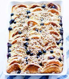 Lemon-ricotta Overnight Pancake Casserole with Blueberries | Easy Pancake Casserole Recipes | https://homemaderecipes.com/pancake-casserole-recipes/