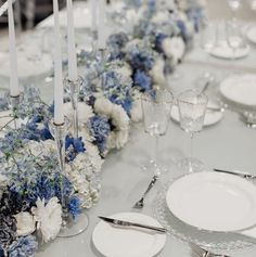 White Wedding Decorations, Wedding Reception Centerpieces, Wedding Table Settings, Blue Hydrangea, Hydrangeas, Rectangle Wedding Tables, Wedding Tablecloths, Cat Wedding, November