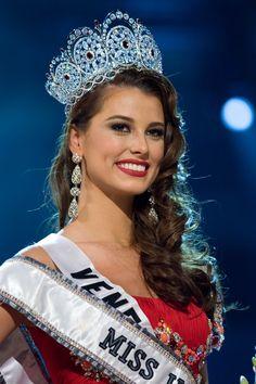 Miss Universe 2009 Miss Venezuela Stefania Fernandez Miss Mundo, Stefania Fernandez, Miss Venezuela, Pageant Girls, Miss Usa, Miss World, Beauty Pageant, Beauty Queens