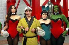 Star Trek Hugh Hefner and Alien bunnies Girl Costumes, Cosplay Costumes, Cosplay Ideas, Group Costumes, Star Trek Cosplay, Clever Costumes, Star Trek Characters, Hugh Hefner, Bored At Work