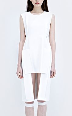 Structured white dress, contemporary fashion // Low Classic