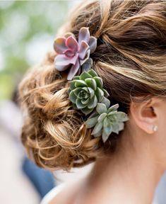 #succulent #floralcrown #bridestobe