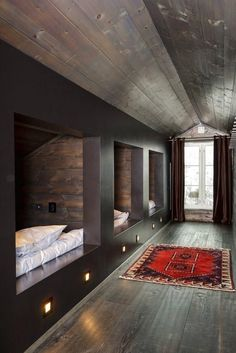 Loft at a mountain cabin Bunk room Bunk Rooms, Attic Bedrooms, Shared Bedrooms, Small Bedrooms, Girls Bedroom, Winter Cabin, Attic Renovation, Cabin Interiors, Attic Spaces