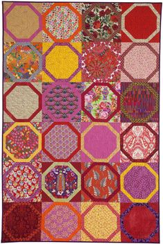 Ring Around the Rosy by Pam Rocco from Quilters Newsletter August/September 2016.