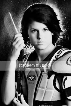 Girl Hockey Senior Pictures. Too bad I don't play anymore...