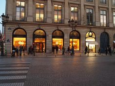 Best Places for Shopping in Paris: 7 Top Areas to Hit for Chic: Louvre-Tuileries and Faubourg Saint-Honoré