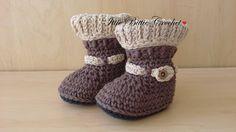 Crochet Woodland Woolies Baby Booties, baby bootie shower gift, photography prop, neutral baby booties, boys and girl handmade booties by IttieBittieCrochet on Etsy