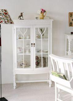 White Glass Cabinet(kinoオリジナルホワイト) - インテリアショップ・キノ Interior shop kino:アンティークオブジェやヨーロッパの家具・雑貨