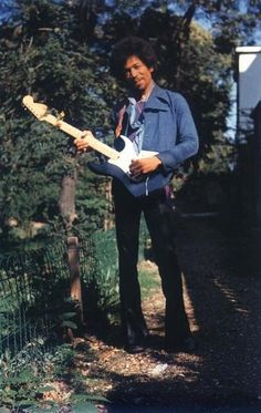 """Jimi Hendrix with the """"Black Beauty"""". September 17th, 1970 (the day before his death)."""