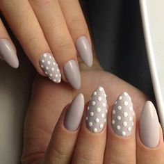 Hey there lovers of nail art! In this post we are going to share with you some Magnificent Nail Art Designs that are going to catch your eye and that you will want to copy for sure. Nail art is gaining more… Read Simple Nail Art Designs, Beautiful Nail Designs, Easy Nail Art, Gel Nagel Design, Plain Nails, Dot Nail Art, Nagellack Trends, Almond Acrylic Nails, Party Nails