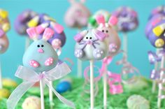 Bunny Cake Pops Easter Cake Pops, Easter Bunny Cake, Easter Cookies, Easter Treats, Easter Food, Brownie Pops, Oreo Pops, Cookie Pops, Cupcakes
