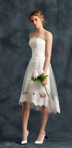 Short Wedding Dresses : strapless short wedding dress with lace trim tulle skirt via atelier eme Wedding Robe, Civil Wedding, Mod Wedding, Wedding Gowns, Tulle Wedding, Trendy Wedding, Luxury Wedding, Bling Wedding, Elegant Wedding