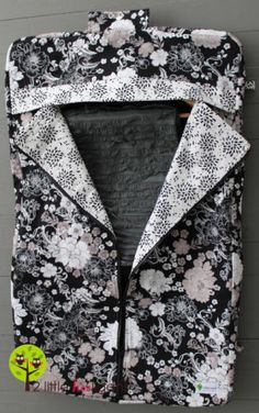 How to Sew a Garment Bag – Free Tutorial | PatternPile.com