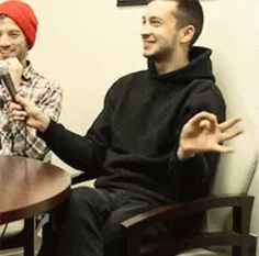 JOSH IS WEARING TYLER'S BEANIE CAN WE TALK ABOUT THIS?