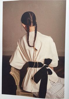 Encens Magazine | White dress | Big black bow belt | Waist | Plaits | Back