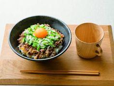 ねばとろ牛丼レシピ 講師は笠原 将弘さん|使える料理レシピ集 みんなのきょうの料理 NHKエデュケーショナル