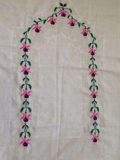 Mini Cross Stitch, Flamingo, Elsa, Diy And Crafts, Mavis, Cross Stitch, Embroidery, Flamingo Bird, Flamingos