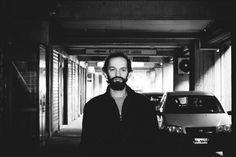 Il cantautore catanese pubblica il nuovo album �Autopsia� a febbraio. Un assaggio, con il primo singolo