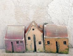 All my houses are handmade and unique, made from white or black clay, burned in a kiln at 1080 degrees. Some of them are glazed and some painted with ceramic or acrylic colors. My houses can be used as a decoration or a nice artful gift for any occasion. Size: height approx 4 cm, width approx 3-4 cm If you would like to have a miniature version of your own home or someone elses home as a special gift, feel free to contact me and send me a photo of your house/building.