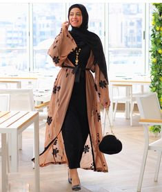 Latest Abaya designs for 2019 Modern Abaya style gives women a classy elegant look, many people used to see you dressed in your typical casual wear but by dressing the modern open Abaya for Modern Hijab Fashion, Abaya Fashion, Muslim Fashion, Modest Fashion, Fashion Dresses, Fashion Styles, Modest Dresses, Modest Outfits, Stylish Outfits