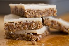"Banana Nut Squares with Coconut ""Cream Cheese"" Frosting. 100% raw and vegan!"