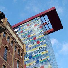 https://flic.kr/p/Ptt7Xv | Colorium, 5 | Arch. Will Alsop Düsseldorf, 2001
