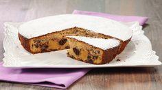 Ricetta Torta di mele e cioccolato: Torta di mele e cioccolato: una torta di mele un po' diversa dal solito: il cioccolato al latte arricchisce l'impasto e crea un piacevole contrasto di sapore e consistenza con le mele. Da provare!